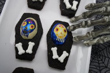 Skull Coffin Hershey Treat