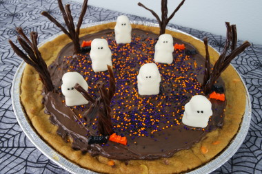 Edible Haunted Ghostyard