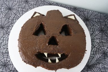 Creepy Cat Cake - Halloween 3